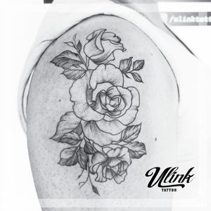 #rosestattoos #flowerstattoo #shouldertattoo
