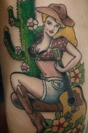 #pinuptattoo #pinupgirl #pinup #cowboytattoo #cowboy #cowgirl #Cowgirltattoo #guitar #flowerstattoo #flowers #hat #cactus #cactustattoo #sexy