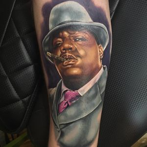 Notorious BIG Tattoo by Alex Rattray #AlexRattray #realism #realistic #hyperrealism #portrait #popculture #rapper #NotoriousBIG #famous #memorialtattoo #music #musictattoo