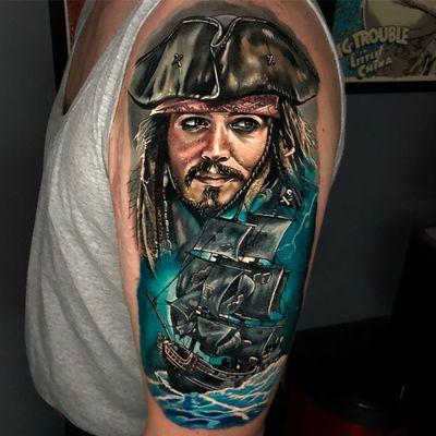 Pirates Tattoo by Alex Rattray #AlexRattray #realism #realistic #hyperrealism #portrait #popculture #movie #movietattoo #PiratesoftheCaribbean #JohnnyDepp #JackSparrow #pirateship #pirates #ocean #TheBlackPearl