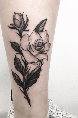 Black rose #blackandgrey #blackart #rosetattoo #art #ink #inked #xystudio #blackwork #flower #flowers #girl #legtattoo #blacktattoo #picoftheday #tattooartist #tattooidea