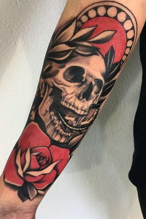 Skull-classic ✌🏻#tattooart #skull #blackandgrey #rose #rosetattoo #ink #blackink #tattooartist #blackwork #inked #xystudio #forearmtattoo #tattooidea #DarkArt