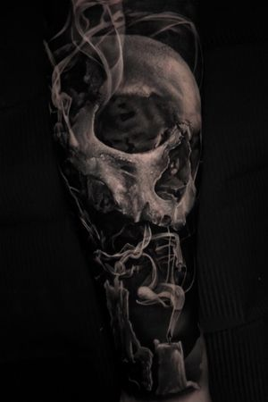 Smokey skull done a couple of month ago around 9h