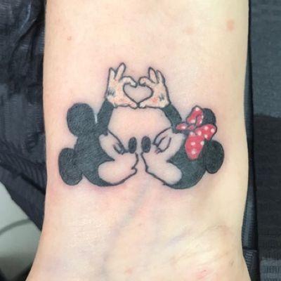 Mickey and Minnie #MickeyMouse #minniemouse #disney #cartoon #love