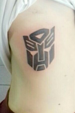My first tattoo 🔥 #transformers #transformerstattoo #autobots #optimus #optimusprime #bumblebee #decepticons #megatron #firsttattoo