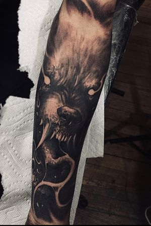 Freehand wolf