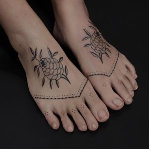 Tattoo by Jenna Bouma #JennaBouma #Slowerblack #naturetattoo #flower #Tibetan #dotwork #nonelectrictattoo #stickandpoke #snp #floral #patten #dots #pattern #ornamental #tribal