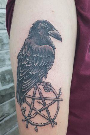 Raven pentagram #raven #raventattoo #pentagram #pentagrams