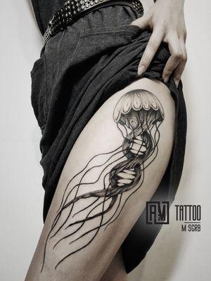 Work by @maxsugrob  #jellyfish #dotwork #radtattoos