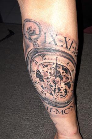 #clock #clocktattoo #tattooart #tatouages #armtattoos
