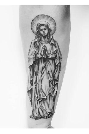 Statue tattoo Praying hands Black and gray