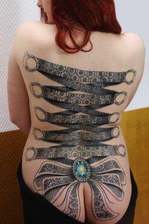 Corset backpiece by Obi #obitattoo #tattoodo #ornamentaltattoo