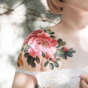 Peony by SION (@tattooistsion)  #flowertattoo #floraltattoo #Korea #KoreanArtist #peony #peonytattoo #tattooistsion #colortattoo #flower #flowers #oriental