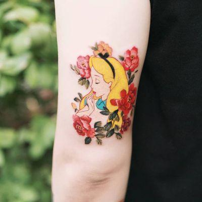 Alice by SION (@tattooistsion) #flowertattoo #floraltattoo #Korea #KoreanArtist #alicetattoo #peony #disney #disneytattoo #peonytattoo #AliceinWonderlandtattoo #tattooistsion #colortattoo #flower #flowers