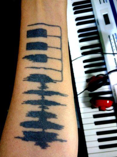 #musictattoo #piano #pianotattoo #rockandroll