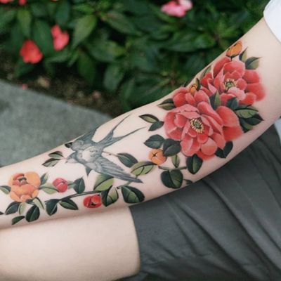 Peony (Swallow is Not my work) by SION (@tattooistsion) #flowertattoo #floraltattoo #Korea #KoreanArtist #peonytattoo #peony #tattooistsion #colortattoo #flower #flowers #oriental #orientaltattoo