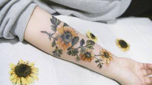 Sunflower by SION (@tattooistsion) #flowertattoo #floraltattoo #Korea #KoreanArtist #tattooistsion #colortattoo #flower #flowers #oriental #sunflowertattoo