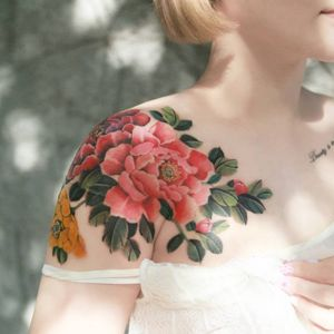 Peony by SION (@tattooistsion) #flowertattoo #floraltattoo #Korea #KoreanArtist #tattooistsion #colortattoo #flower #flowers #oriental #peony #peonytattoo #coverup #watercolortattoo