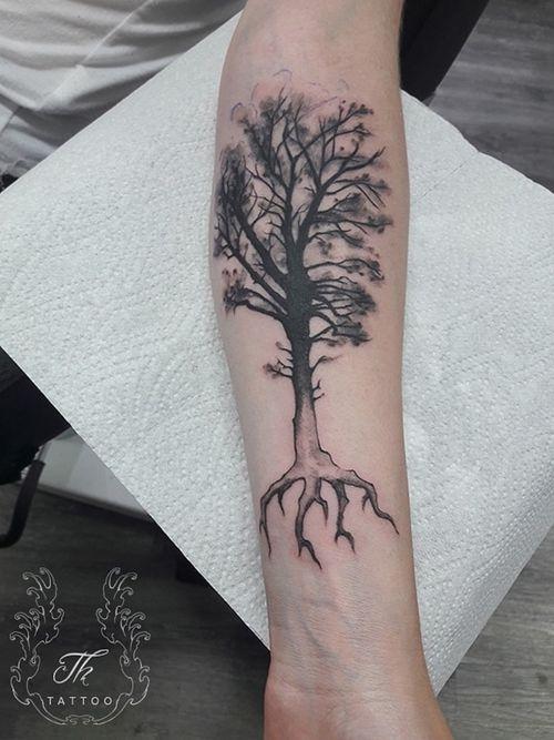 Tree tattoo/tatuaj copac  #thtattoo  #tatuajebucuresti #tattoobucharest #bucharest #bucharestink #bucuresti #romania #treetattoo #naturetattoo #tatuajesector1 #tattoooftheday  #salontatuajebucuresti  #salontatuaje www.tatuajbucuresti.ro