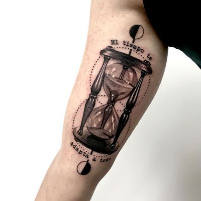 Tattoo by Hernan Noble #HernanNoble #hourglasstattoos #hourglass #time #glass #blackandgrey #dots #text #quote #font #reflection #sand
