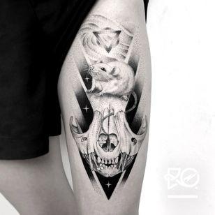 By RO. Robert Pavez • Sweet Rat • done in @inkdistrictamsterdam - ?? 2018 #engraving #dotwork #etching #dot #linework #geometric #ro #blackwork #blackworktattoo #blackandgrey #black #tattoo #fineline