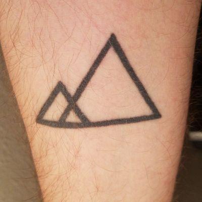 #minimalist #mountain #geometric #triangle