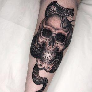 Tattoo by Gabriele Cardosi #GabrieleCardosi #skulltattoo #skull #death #bones #snake #serpent #reptile #fangs #cobra #illustrative #darkart
