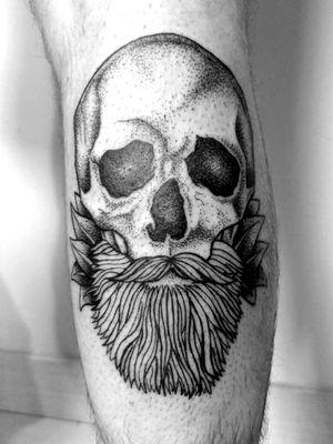 #skulltattoo #skulls #skull #tattooart #tattooartist #dotworktattoo #dotwork #dotworkers #blackartwork #blackart