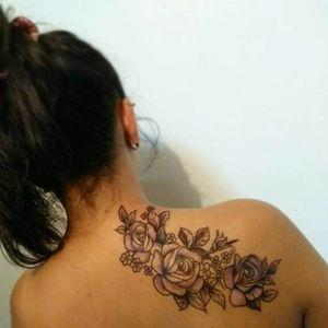 #flowertattoo #blackandgray #tattooartist #tattooGirls