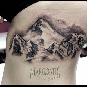 Realistic Swiss mountains #amsterdam #amsterdamtattoo #realistic #greywash #tattoo #margoatir