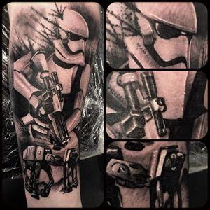 Stormtrooper from yesterday #stormtrooper #starwars #starwarstattoo #stormtroopertattoo #brighton #tattooshop #uktattoo #uktta #tattoo #tattoostudio #tattooartist #blackandgreytattoo #blackandgrey #bng #ink #bngink #bnginksociety #realism #elitecartridges #realismtattoo #realistic #realisticink #fkirons #kurosumi #worthing #lancing #kurosumiink #ezcartridgeuk #kwadron #kwadronproton @kwadron @fkirons @kurosumitattooink @ezcartridgecouk @eztattooing @tattoo.artists @captainjackscbdskincare