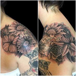 Tattoo by artist Simone Lubrani. More of Simone's work: https://www.larktattoo.com/long-island-team-homepage/simone-lubrani/ . .  .  .  . #bng #bngtattoo #blackandgraytattoo #blackandgreytattoo #bngink #bnginksociety #flower #flowertattoo #flowers #flowerstattoo #shouldertattoo #tattoo #tattoos #tat #tats #tatts #tatted #tattedup #tattoist #tattooed #inked #inkedup #ink #tattoooftheday #amazingink #bodyart #tattooig #tattoosofinstagram #instatats  #larktattoo #larktattoos #larktattoowestbury #westbury #longisland #NY #NewYork #usa #art