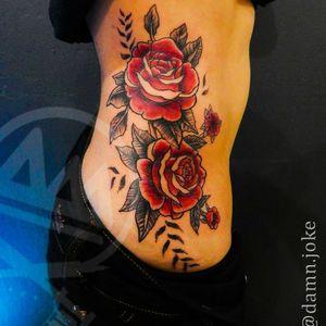 Gracias por la confianza #traditionaltattoo #ink #tattoos #inked #art #tattooartist #instagood #tattooart #artist #photooftheday #inkedup #tattoolife #girly #style #bodyart #like4like #fullcollor #cdmx #inkadict #inked #girltattoo #girlsday #tatt #instapic #nice #loveink #girl #love #rose #flowers @artymana.tattoo  @worldfamousink