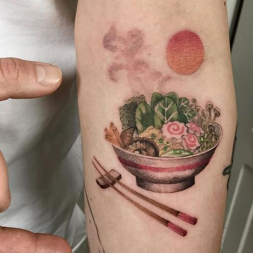 Tattoo by Ciotka Zu #CiotkaZu #foodtattoos #food #ramen #noodles #chopsticks #sunset #mushrooms #veggies #mushrooms #soup