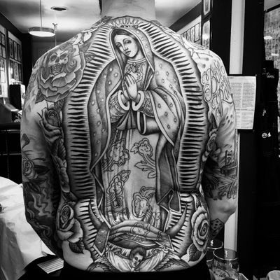Tattoo by Chuco Moreno #ChucoMoreno #religioustattoo #Christian #Catholic #religious #virginmary #mary #crown #light #love #clappers #pattern #angel #saint #rose #oldschool #illustrative