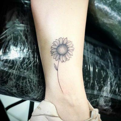 #sunflower #sunflowertattoo