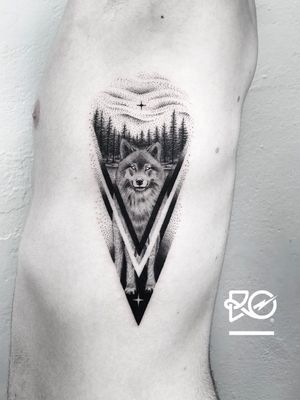 By RO. Robert Pavez • Black star • Done in Studio ZOI TATTOO • Stockholm 🇸🇪 2018 #engraving #dotwork #etching #dot #linework #geometric #ro #blackwork #blackworktattoo #blackandgrey #black #tattoo #fineline