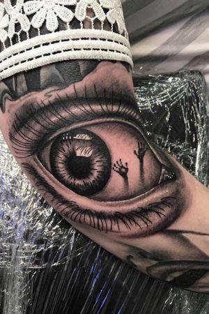 #brighton #tattooshop #uktattoo #uktta #tattoo #tattoostudio #tattooartist #blackandgreytattoo #blackandgrey #bng #ink #bngink #bnginksociety #realism #elitecartridges #realismtattoo #realistic #realisticink #fkirons #kurosumi #worthing #lancing #kurosumiink #ezcartridgeuk #kwadron #kwadronproton @kwadron @fkirons @kurosumitattooink @ezcartridgecouk @eztattooing @tattoo.artists
