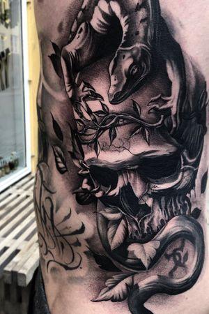 #skull #lizard