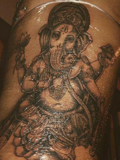 Ganesha #ganesha #ganeshatattoo #GaneshaInspired #gratitude #hindu #hindutattoo #elephant #neotraditional