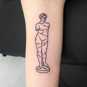 #themagicrosa#tattooart #blacktattoo #tattooartist #blackwork #blackworktattoo