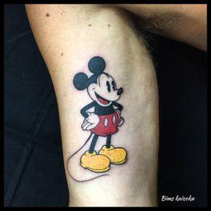 Mickey Mouse 🐭❤️ #bims #bimstattoo #bimskaizoku #tatouage #mickey #mickeymouse #paris #paname #paristattoo #art #color #disneylandparis #disney #disneyland #disneylife #disneytattoo #life #love #hate #fuck #tattoo #tatted #tattooed #tattrx #tattooer #tattoos_of_instagram #tattoist #tattoart #tattooartist  @mickeymouse @disney @disneyfr @disneylifestyle @disneyland @waltdisneyworld @disneytat @disneytattoos