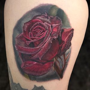 Red satin rose for Deans leg sleeve