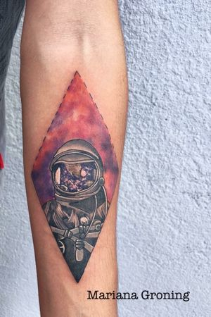 My studio is based in Mexico City, if you are visiting and want a color piece you can contact me through the website: www.karmatattoo.net