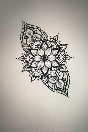 #mandalatattoo #mandala #tattoo #blackworkers #ink #inkedgirl #finelinetattoo #dotwork #tttism #tattooflash #dotworktattoo #mandalattattoo #blackwork #encrés #dotworkers #onlyblackart #tattoodesign #girlwithtattoos #tattrx #montpellier #montpelliertattoo #mtp #tattooart
