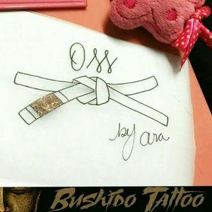 """Da Menor a Maior Gratidão em Fazer Parte de Cada História e Cada Homenagem envolvida em Nossas Tatuagens... Especialista em Tatuagens Delicadas, Tatuagens Femininas Traços Finos/FineLine Escristas/Caligraphy - Desenho de Faixa de luta Jiujitsu - Desenho Por, @araninchaves em @bushidotattoobr . Line Work - Fine Line/Linha Fina - Tatuagem de Faixa de Luta Jiu Jitsu Um Lindo Desenho Para Virar Tattoo - """"😷✍🙏🤗 Obg Pela Confiança em Nosso Trabalho...😷✍🙏🙌 . Quer uma Arte Exclusiva Chama No Whatsapp do Estúdio 👇👇 Agendamento&Orçamentos Somente Pelo Whatsapp do Estúdio 📲 +5517991218074... . """"Tatuagem Também é Cultura, Amor & Art."""" . 🇧🇷BUSHIDO TATTOO 🇧🇷 #bushidotattoobr #AraninChaves #tatuadora #tattoo #tattoos #tattooed #tatuagem #riopreto #sjrp #sjriopreto #tattooriopreto #riopretotattoo #saojosedoriopreto #tatoo #Tattoo2me #Tattoo2us #Tattooja #Tattooinspbr #instatattoos #linework #BlackAndGrey #ornamental #TatuagemFeminina #FineLine #tattoosocial #linhafina #oss #jiujitsu #jiujitsutattoo #jiujitsulifestyle #Tattoodo #TattoodoApp #tattoooftheday #desenhododia 🏯 BUSHIDO TATTOO 🏯 São José do Rio Preto-SP R: Dr Luiz Américo de Freitas n° 504 Sala3 Bairro: Vila Ercília Whats: 📲 +55 17 991218074 . 👉Curta 👉Like Nossa Pagina no Face... 💻 facebook.com/bushidotattoobr 👉Follow 👉Siga 👉Instagram.... 📷 instagram.com/bushidotattoobr"""