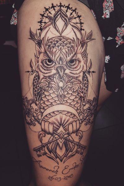 Owl thigh piece from tonight #tattoo #tats #tattoodesign #lineworktattoo #owltattoos #mandalatattoo #feathertattoo #blackandgreytattoo #silhouette #feather #owl #tattoomafia #alexdavidsontattoos #tattooideas #tatlife #inked #owltattoo #hennatattoo #thightattoo #girlswithtattoos #girlytattoos