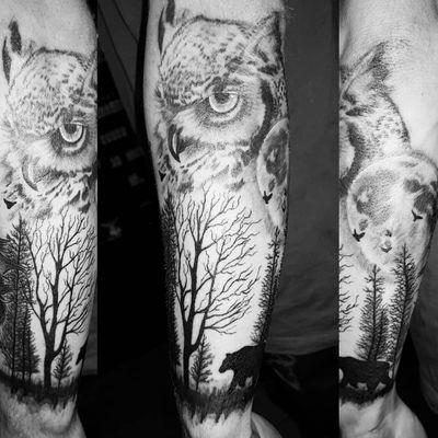 Owl forest scene from the other week #tattoo #tats #tattoodesign #foresttattoos #owltattoos #mandalatattoo #feathertattoo #blackandgreytattoo #silhouette #feather #owl #tattoomafia #alexdavidsontattoos #tattooideas #tatlife #inked #owltattoo #silhouettetattoo