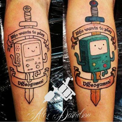 Adventure time tattoo of beemo today linework then color so happy with the result :-) not bad for 3 hours #tattooapprentice #kurosumi #cartoon #cute #dragonflytattoo #linework #tattoo #tattoos #tats #beemo #bmo #adorable #adventuretime #anime #cartoon #adventure #finnandjake #script #scripttattoo #legtattoo #colorful #tattooideas #supercute #popculture #sword #eikon #gamerink