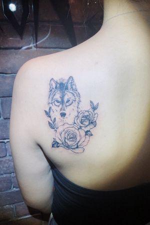#wolf #wolftattoo #floral #flower #rose #girl